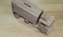 Ciężarówka drewniana z naczepą do pomalowania
