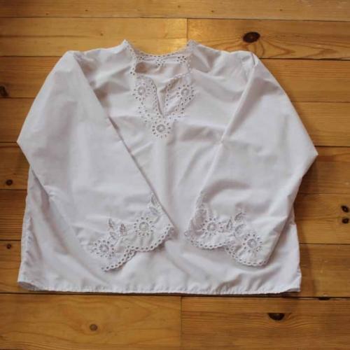 Bluzka haftowana – wzór J7