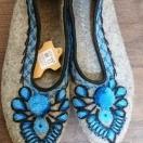 Pantofle z sukna r.36-39 – niebieski wzór